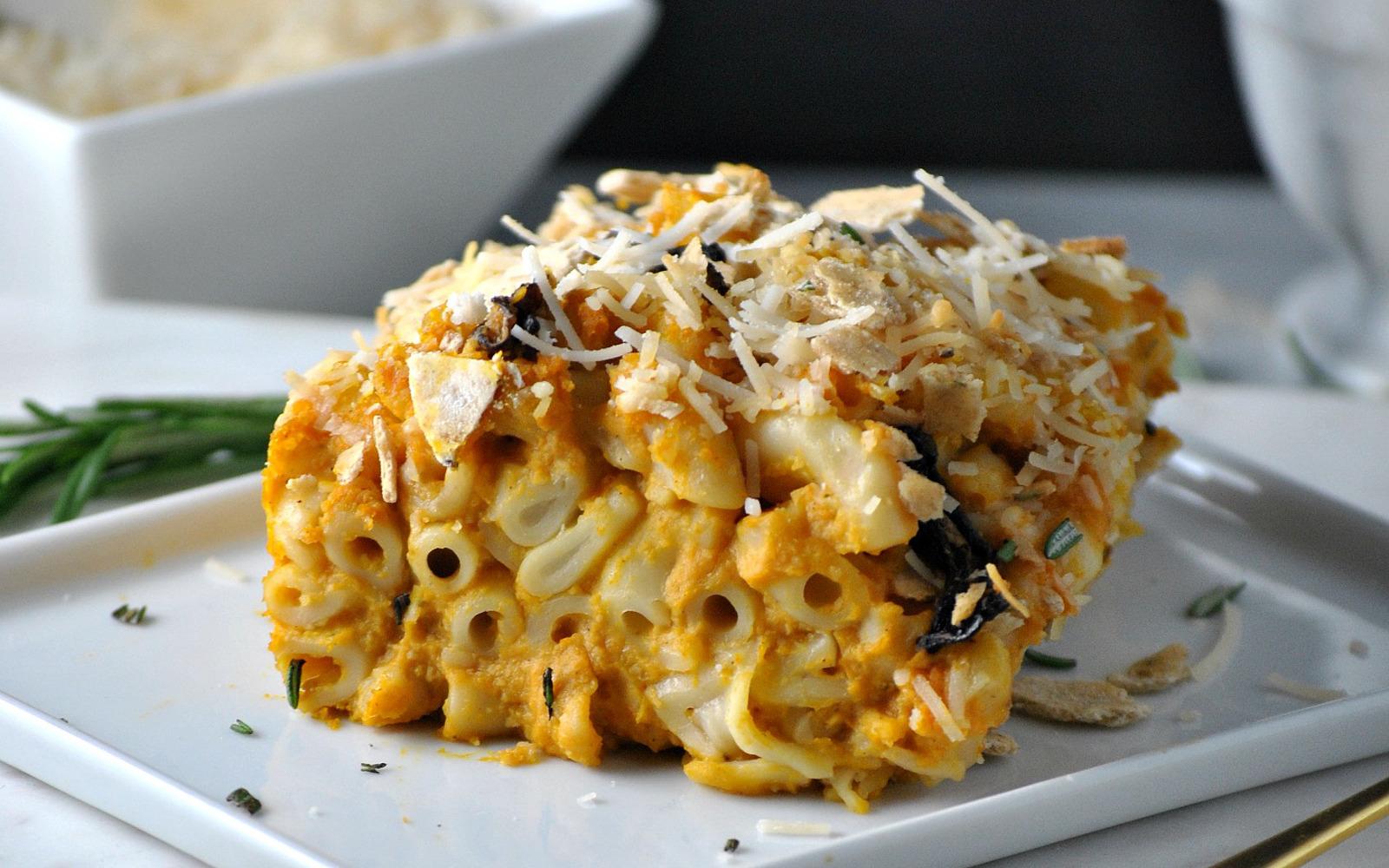 Butternut Squash Mac and Cheese Casserole 7