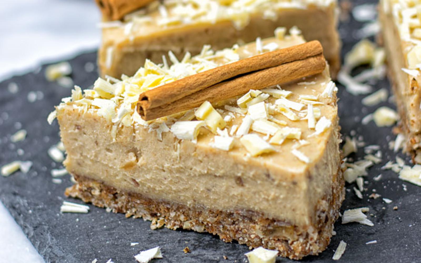 Cinnamon White Chocolate Cheesecake 1
