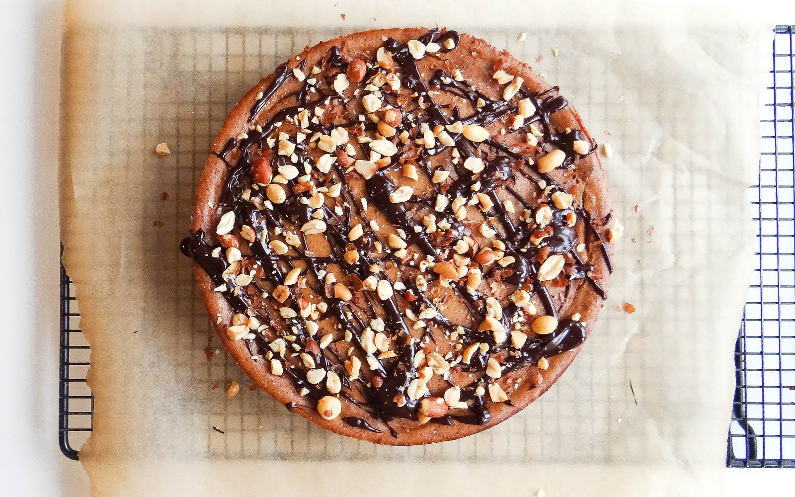 Peanut Butter Cheesecake With Chocolate Drizzle