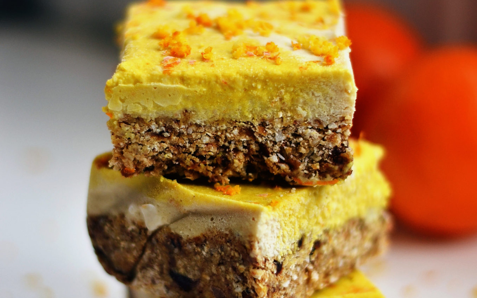 Raw Orange and Ginger Slice