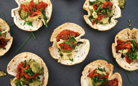 Pesto and Sun-Dried Tomato Cups