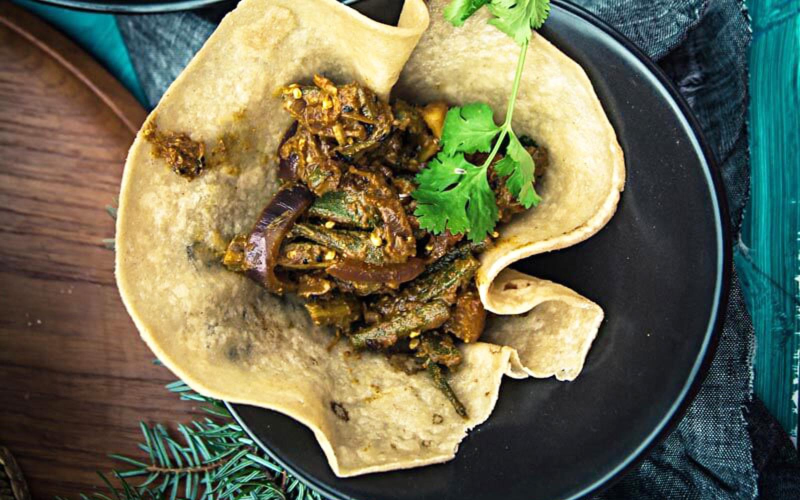 Achari Dahi Bhindi and Duppad Roti