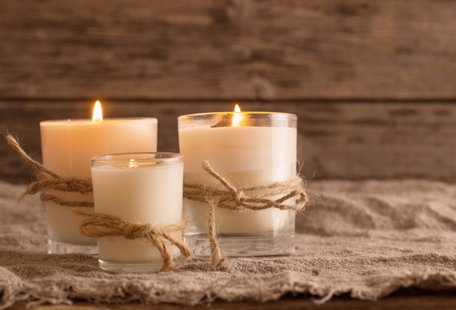 Why You Need to Ditch Scented Candles and Find Non-Toxic Alternatives
