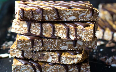10-Minute Superfood Protein Bars