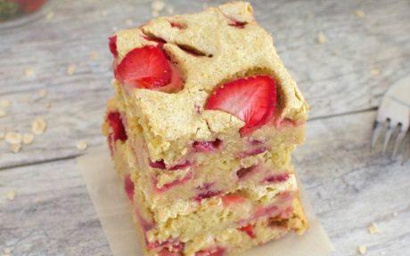 Healthy Strawberry Shortcake Bars