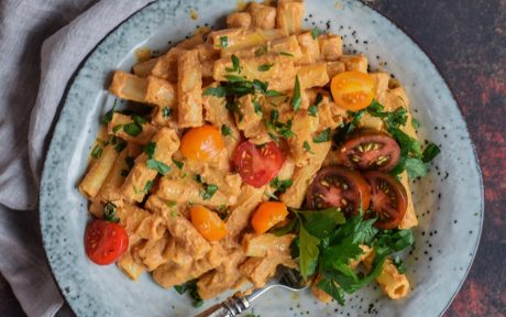 Creamy Roasted Red Pepper and Mushroom Sauce