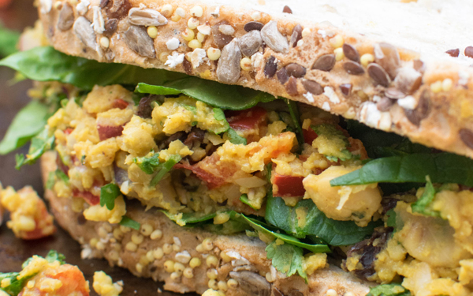 curry chickpea sandwich