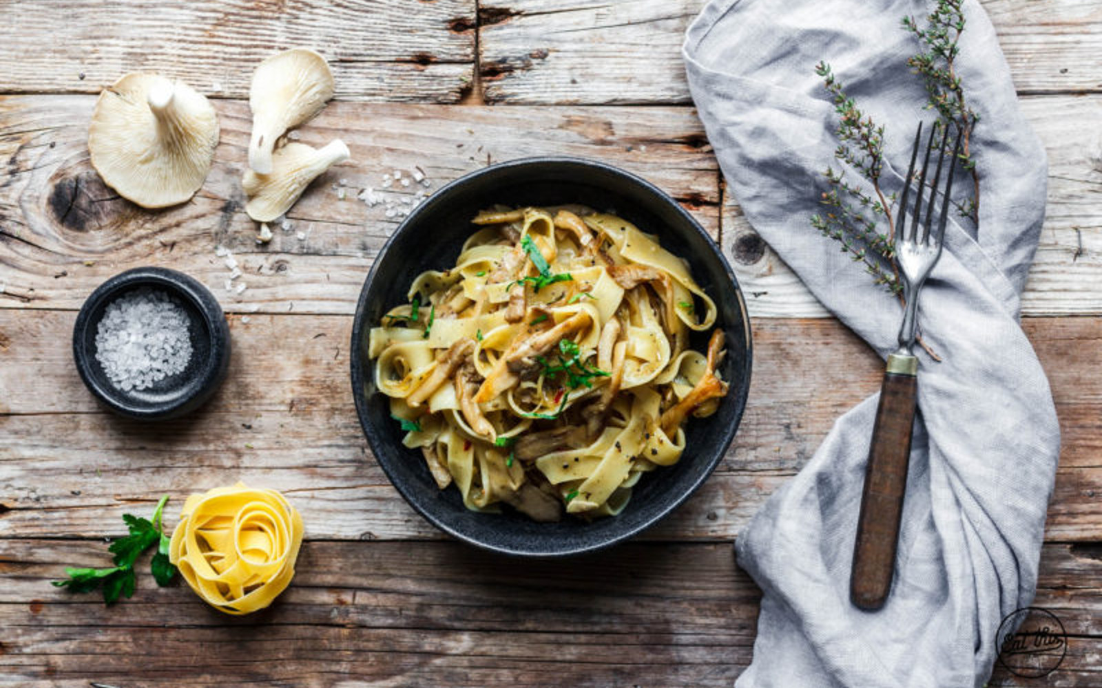 Fettuccine With Oyster Mushrooms and Thyme