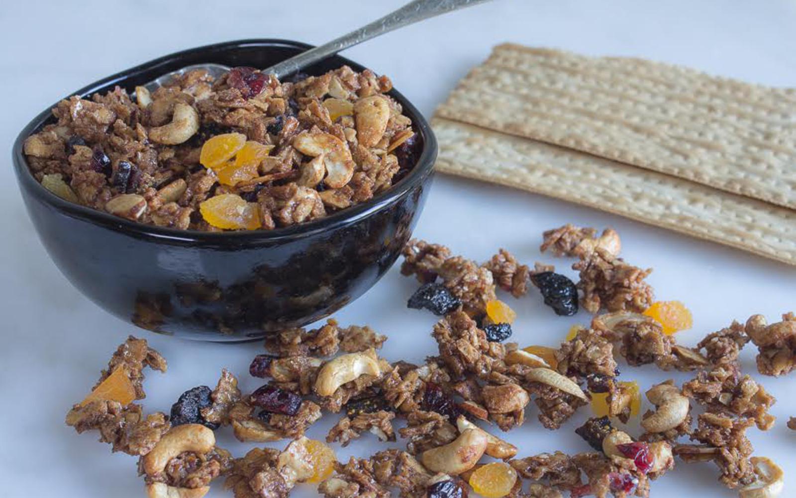 Matzo Granola For Passover