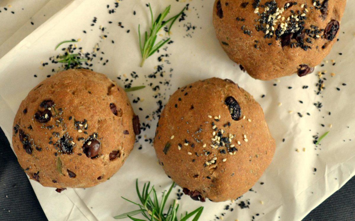 Vegan Olive Oil Bread Rolls