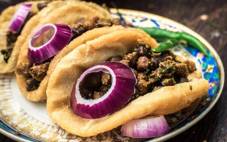 Kale Chane Poori