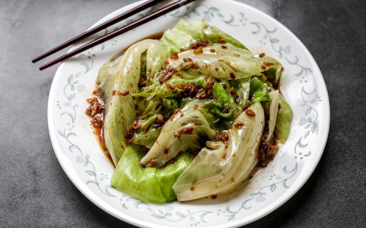 chinese-garlic-oil-lettuce-1200x750