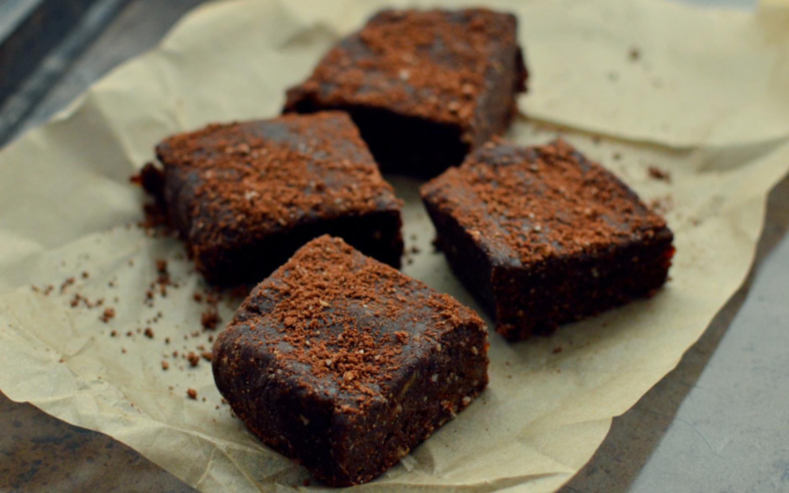 No-Bake Date Brownies