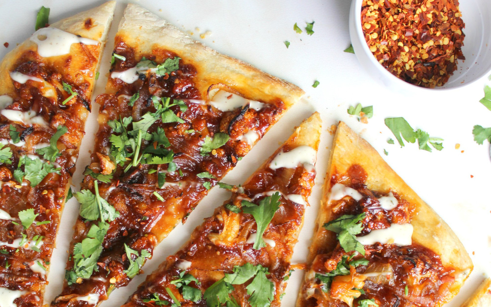 Roasted Cauliflower BBQ Pizza