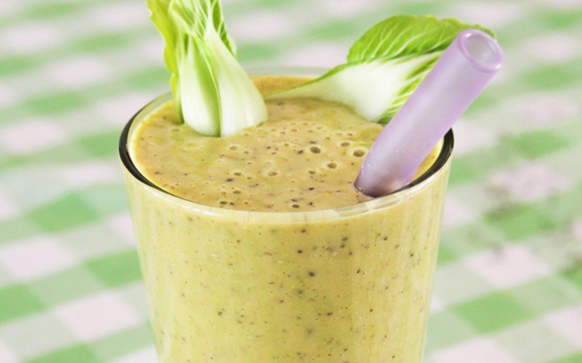 Green Goddess Golden Milk Smoothie