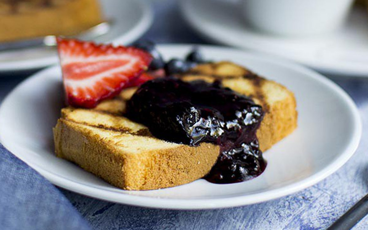 Vegan Grilled Pound Cake With Berries