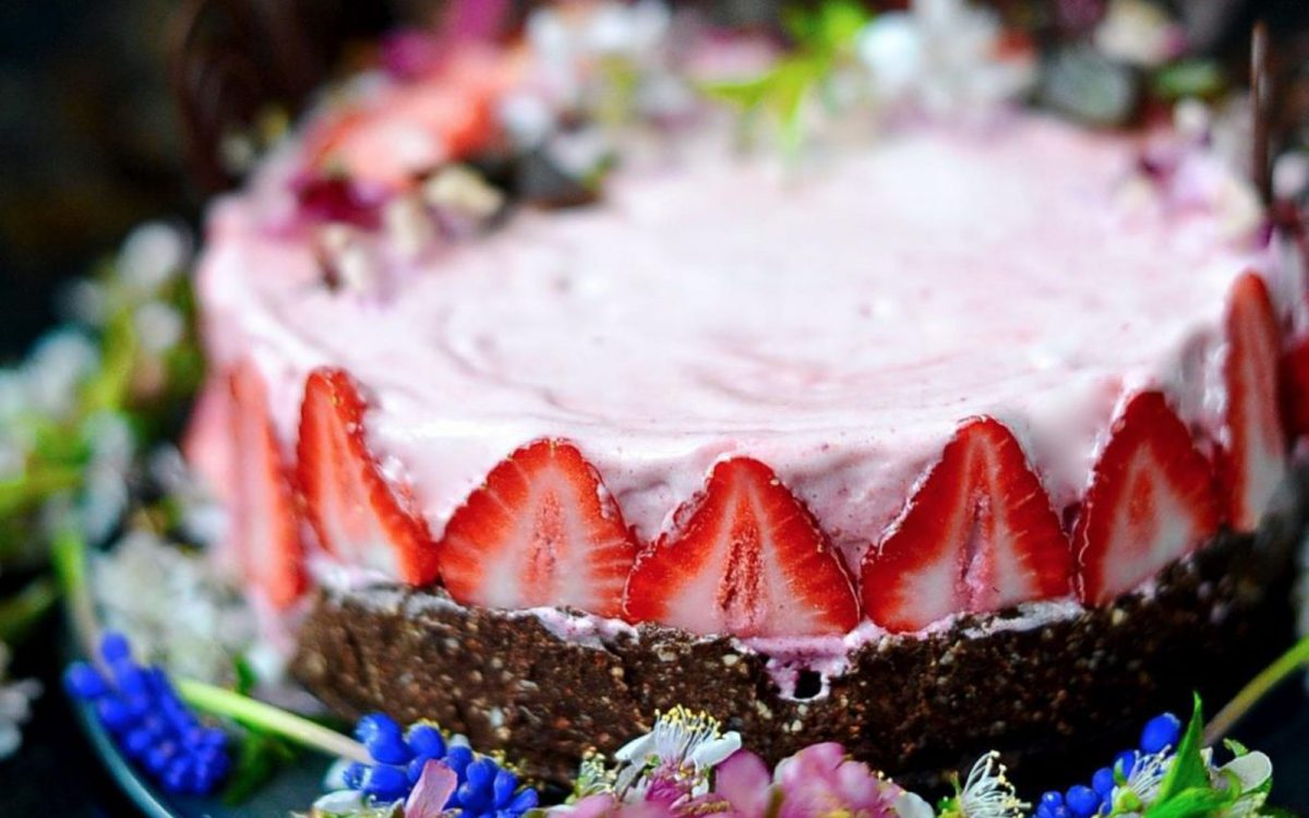 Paleo Berry Ice Cream Cake