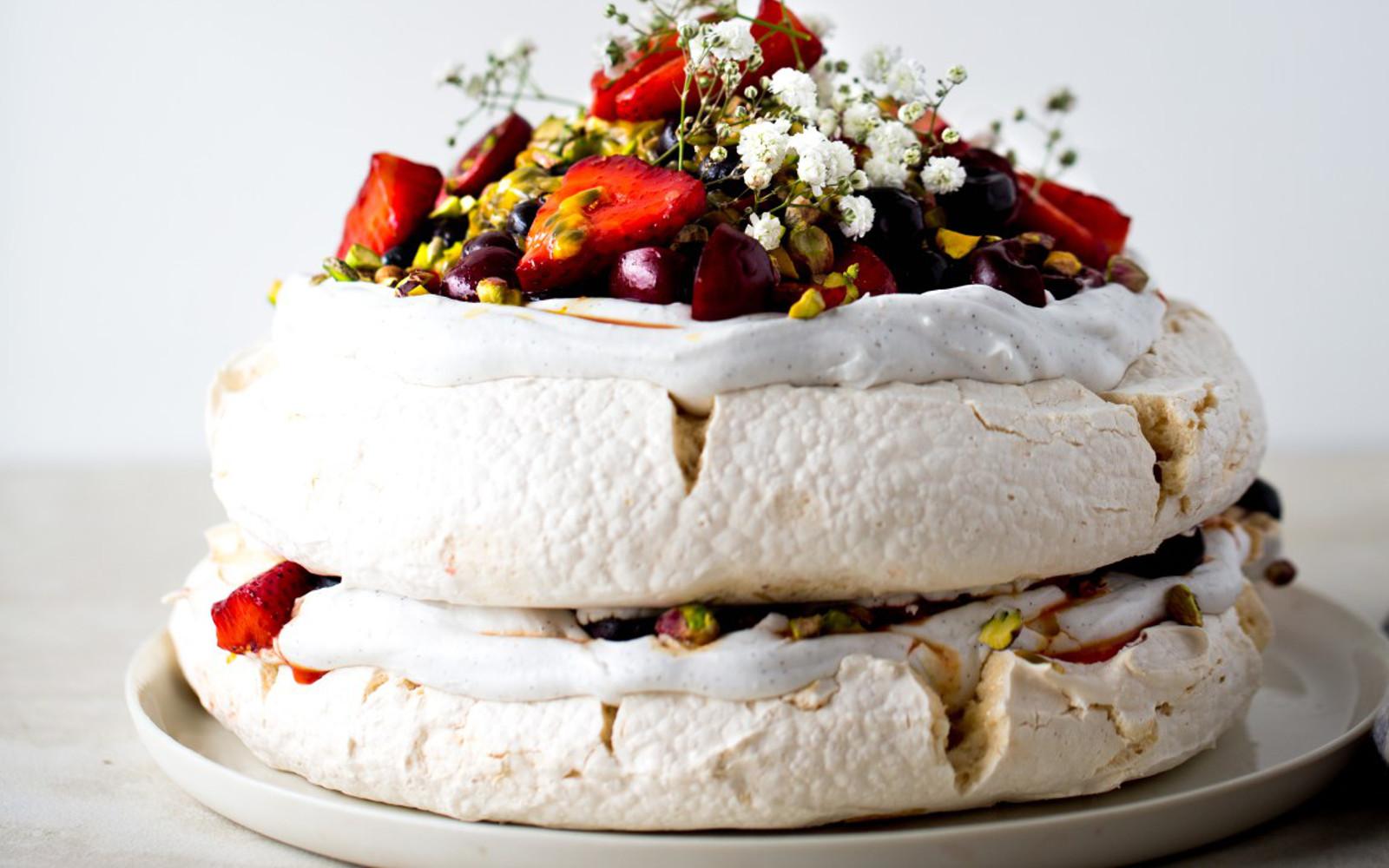 Pavlova With Saffron Berries Passionfruit and Pistachios b