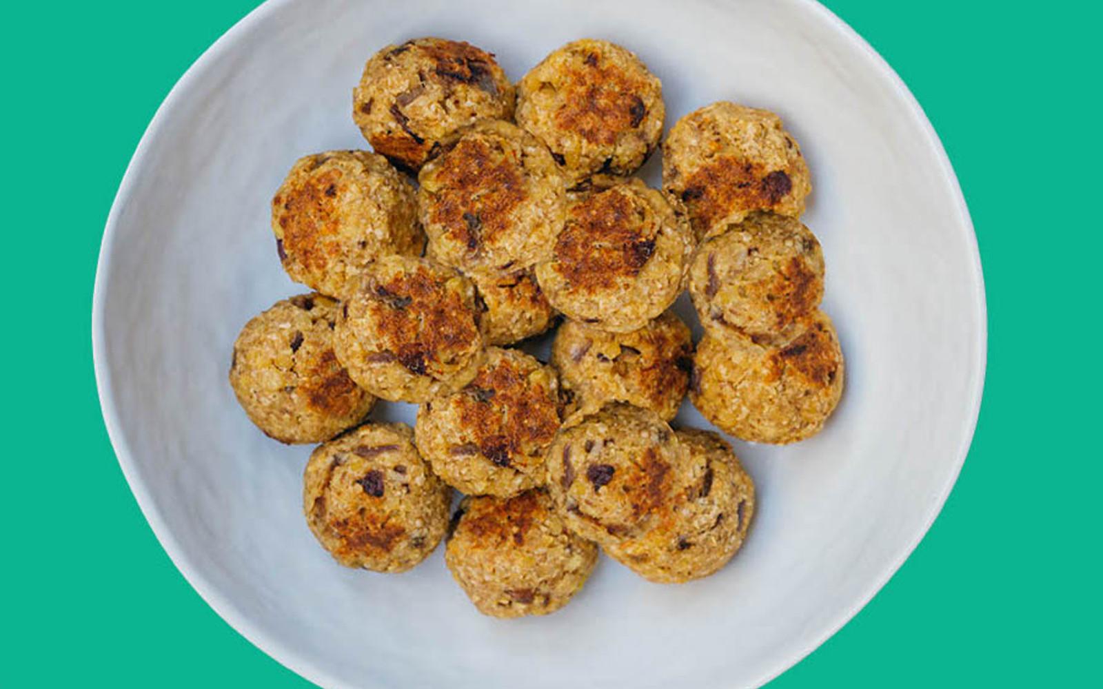 Easy Tempeh Oat Meatballs