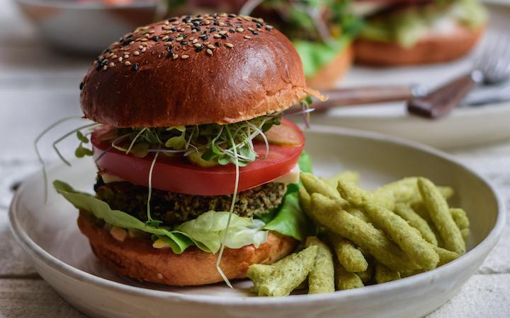 Nourishing Black Bean Burger With Thousand Island Dressing