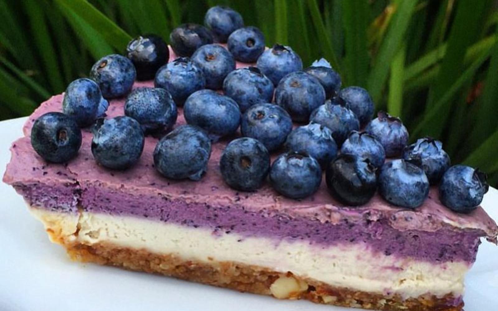 Oil-Free Blueberry Cheesecake [Vegan, Gluten-Free]