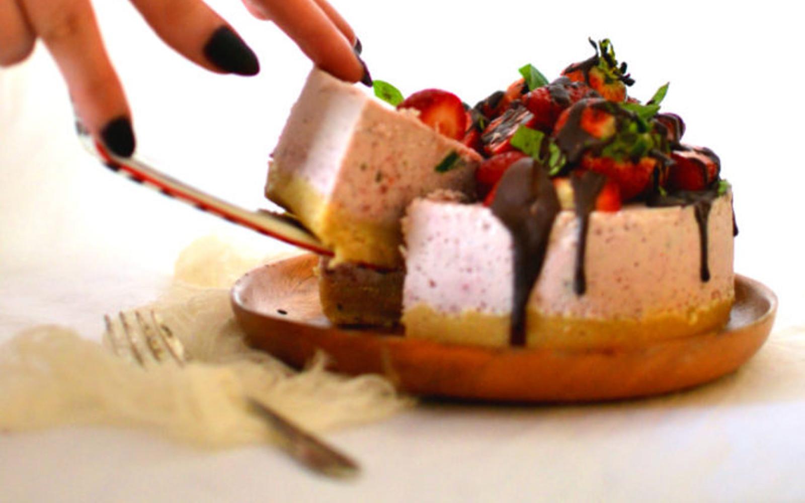 Vegan Gluten-Free Raw Strawberry and Basil Cheesecake