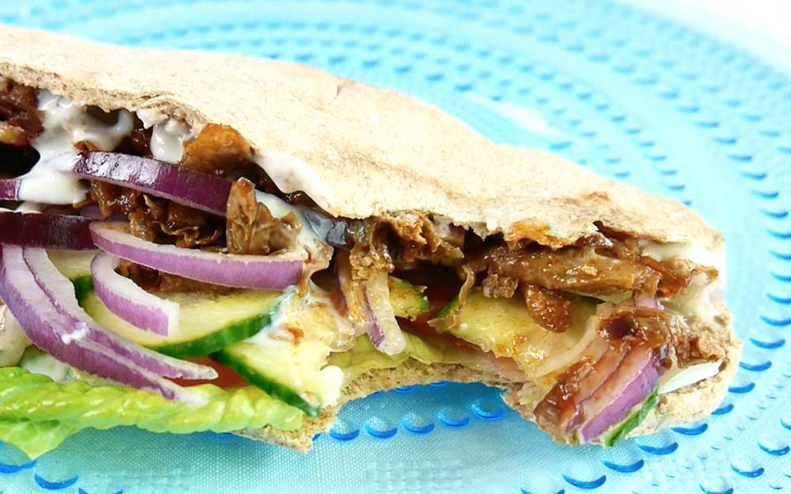 Braised Tofu Doner Kebab in Pita With Yogurt Sauce