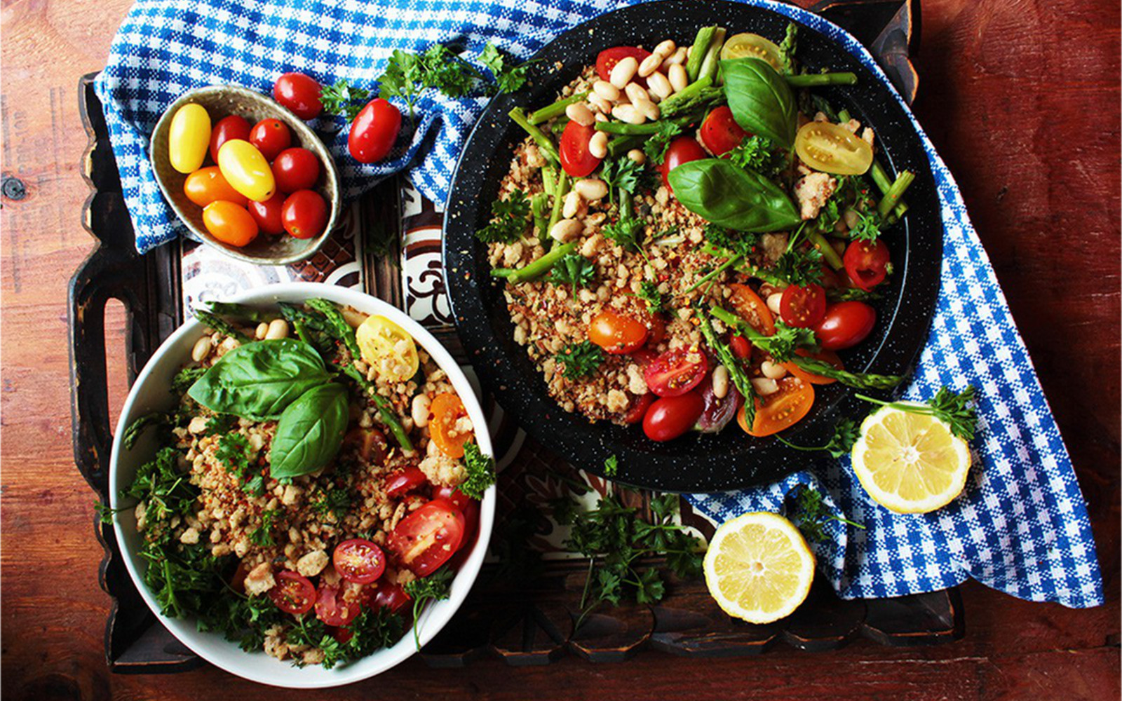 Summer Tomato Bowl With Herbed Bread Crumbs