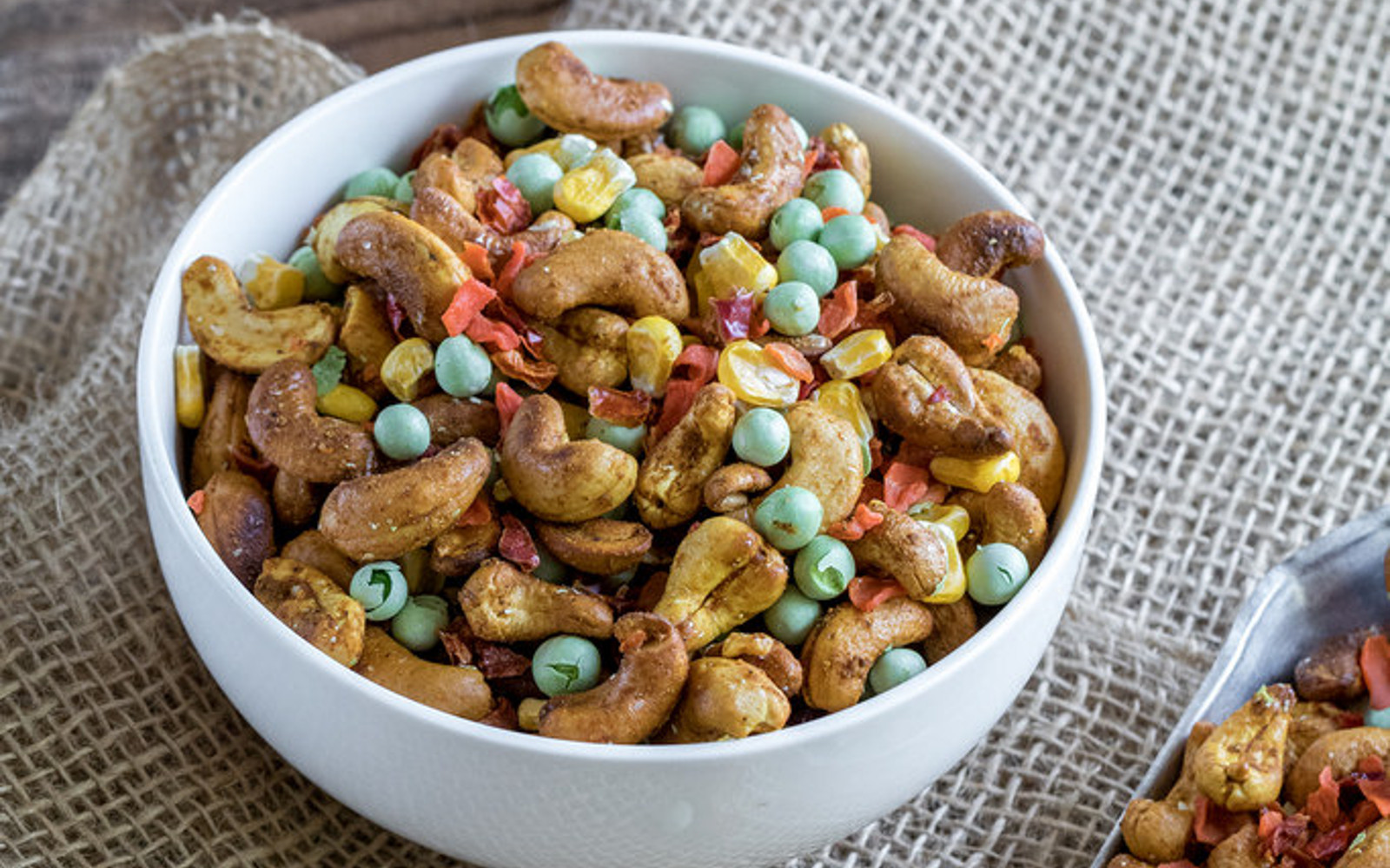 Curried Cashew and Veggie Trail Mix