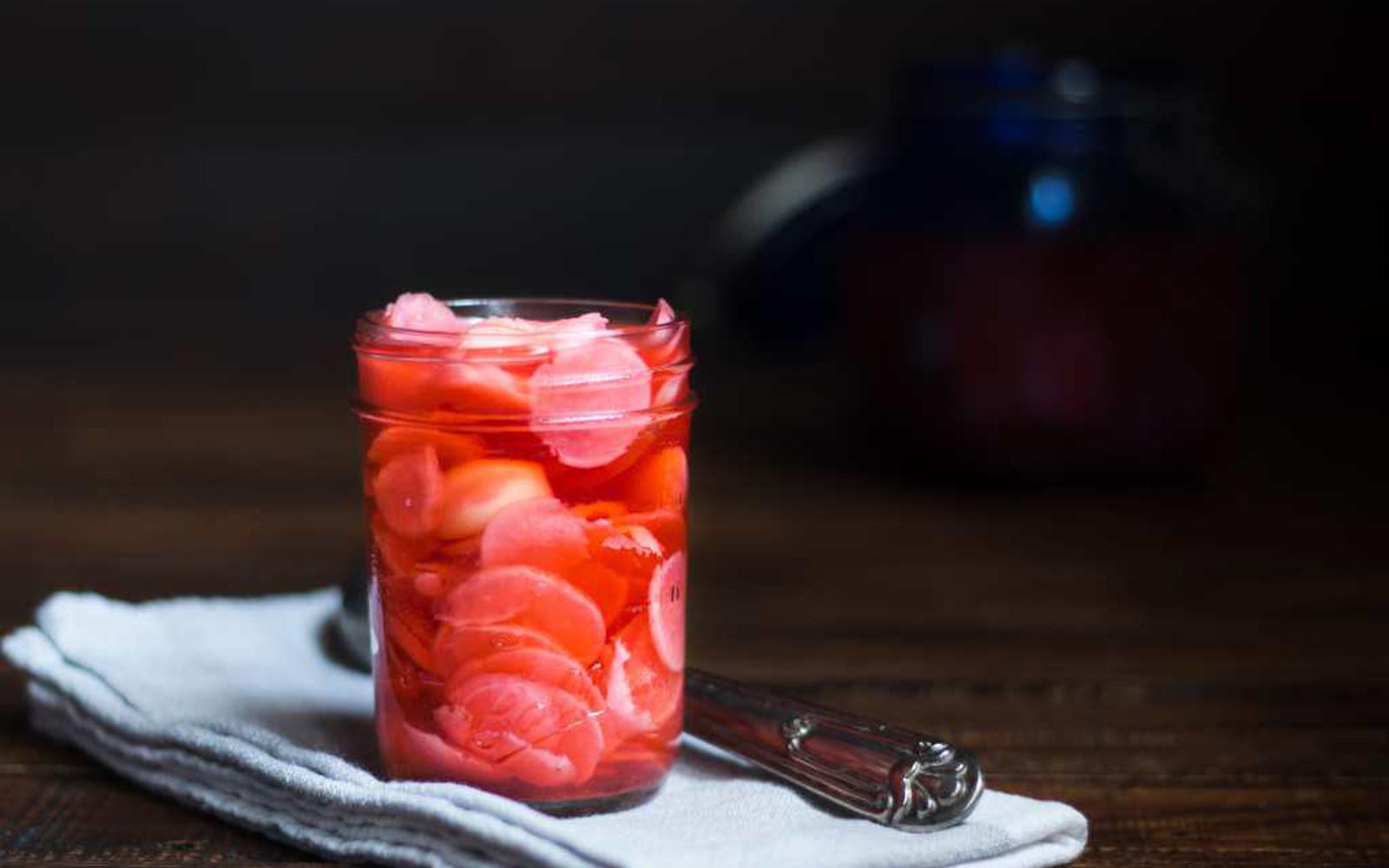 Vegan Pickled Radishes