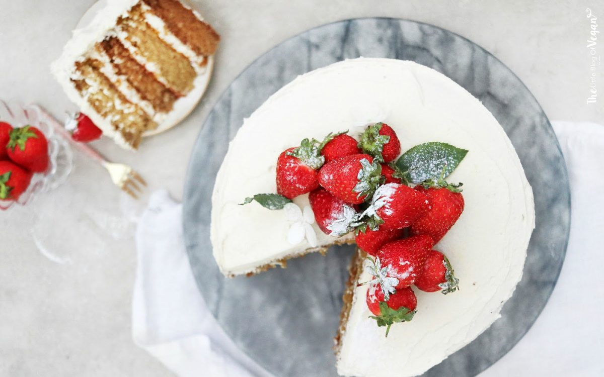 Vegan Vanilla Sponge Cake