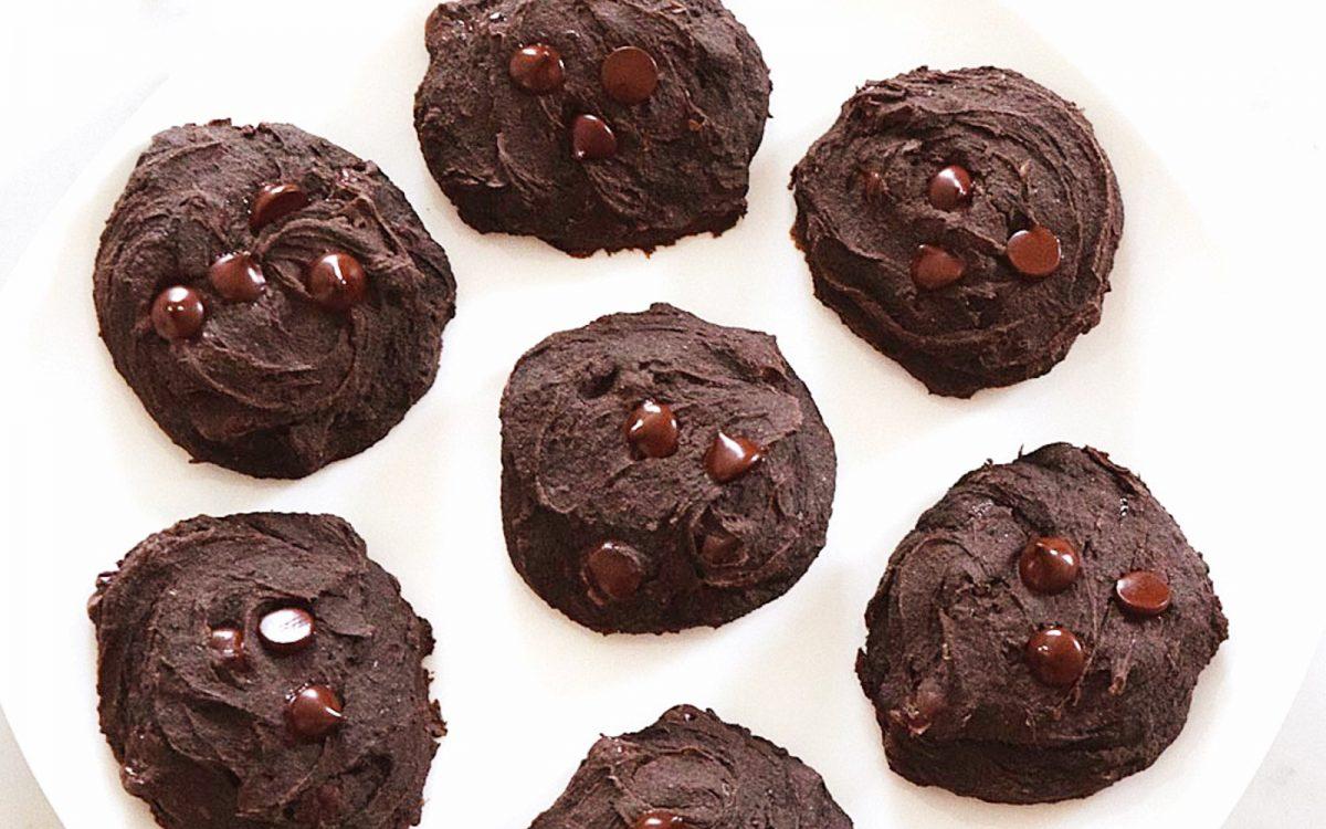 flourless soft batch double chocolate chip cookies vegan