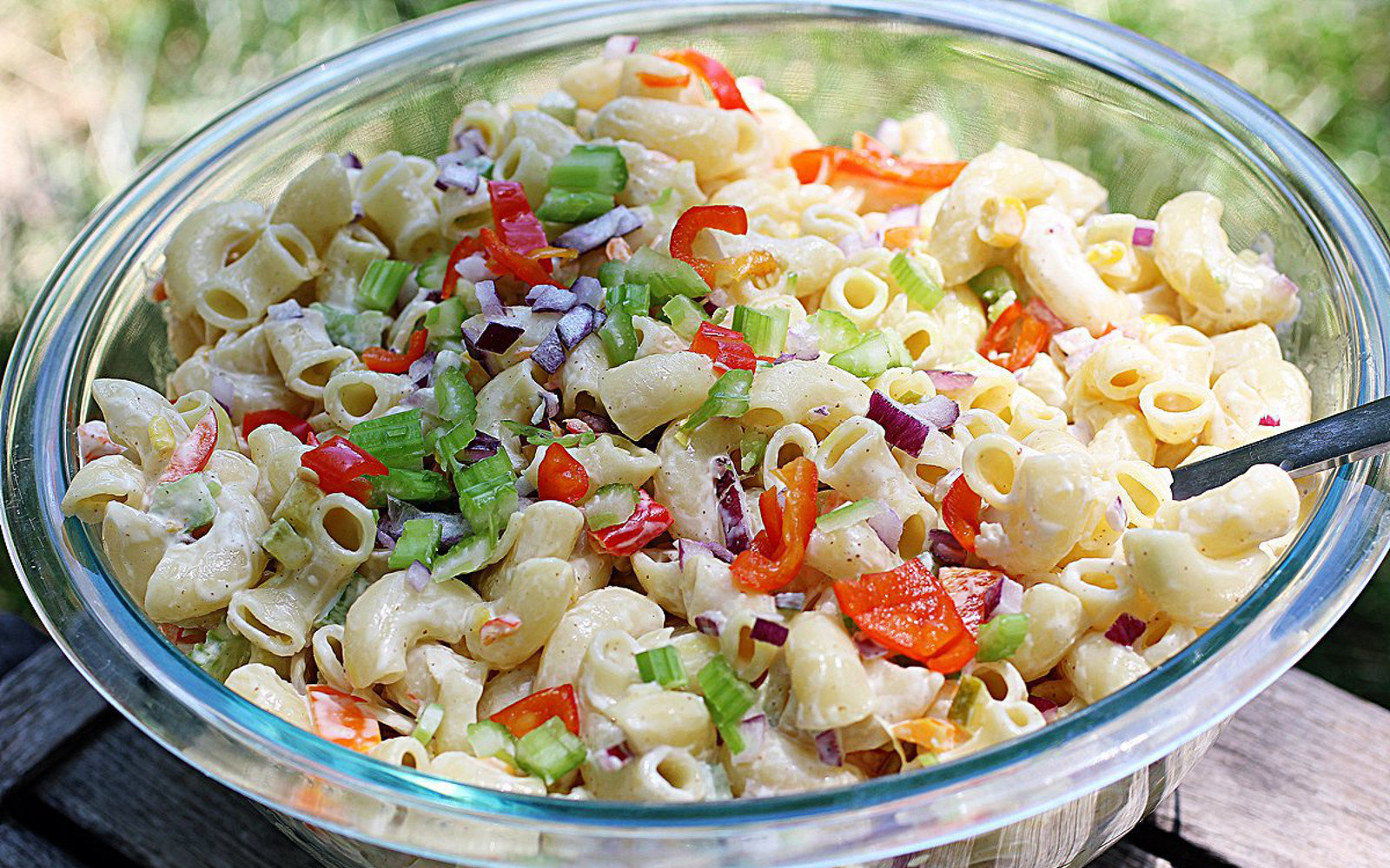 Simple Summer Macaroni Salad