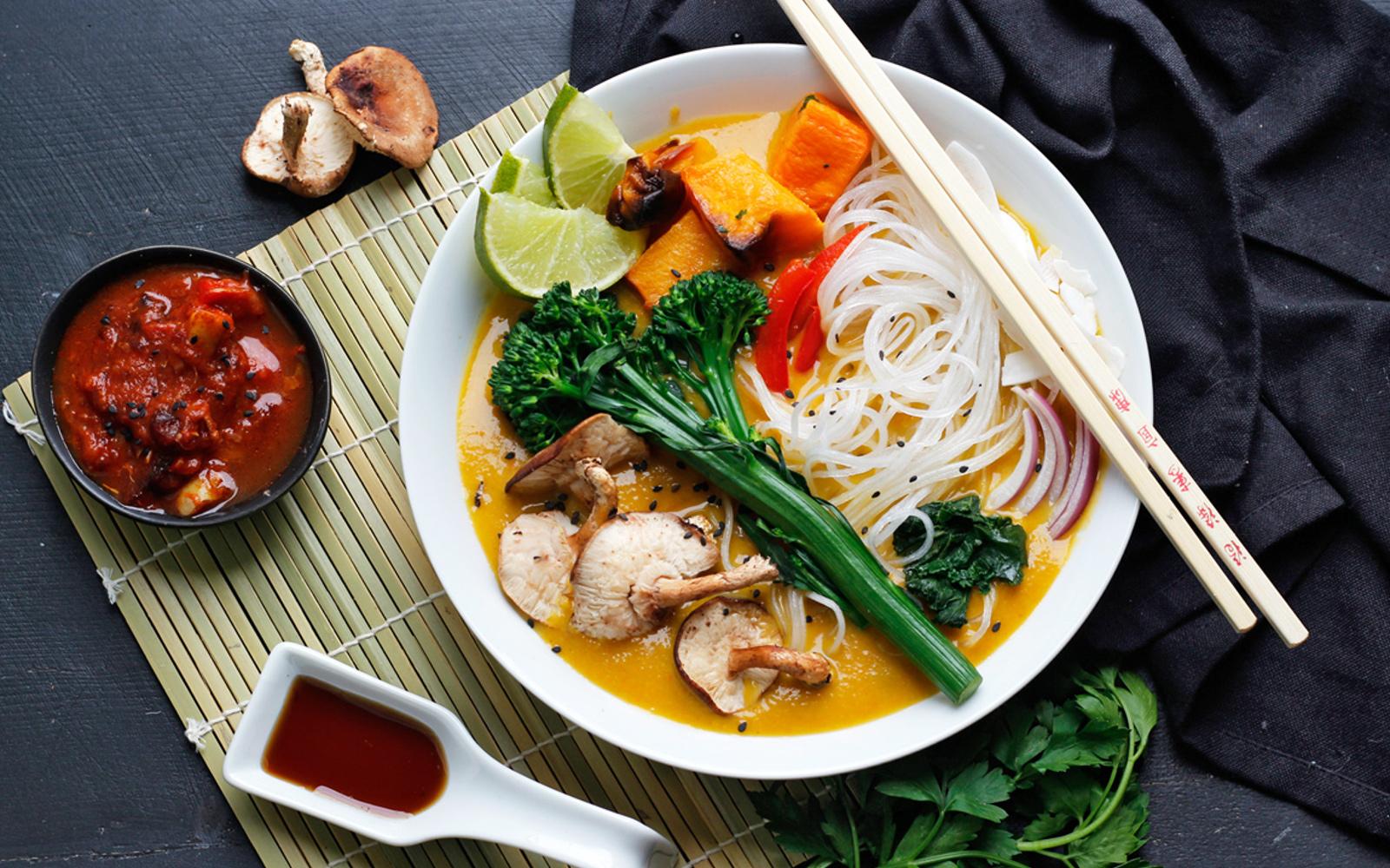 Vegan Easy Khao Soi Thai Noodle Soup