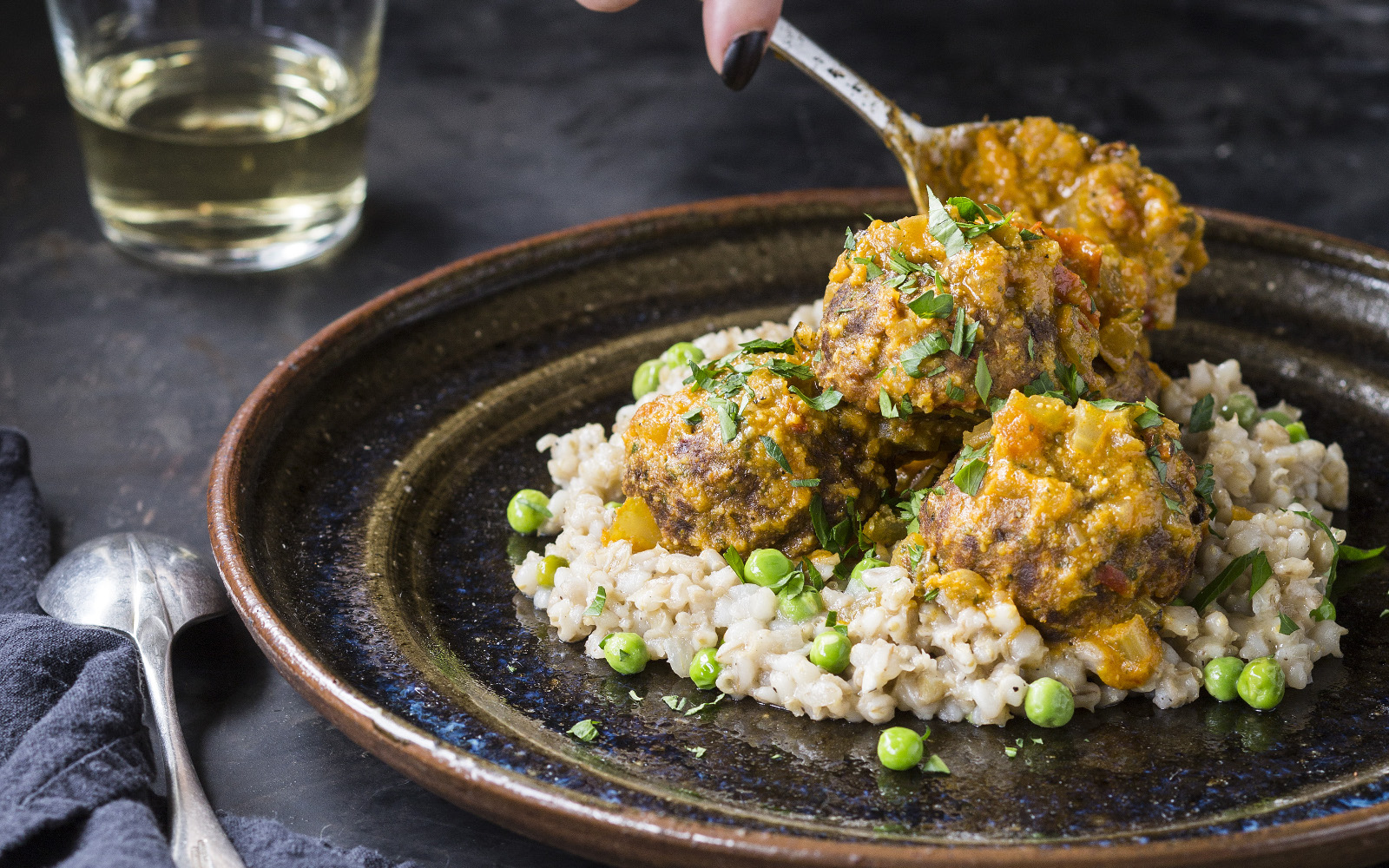 Vegan Gluten-Free Albóndigas con Picada de Almendra: Spanish Meatballs with grains and peas