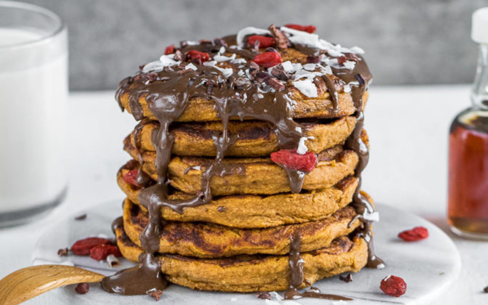 Vegan Fluffy Oil-Free Sweet Potato Pancakes