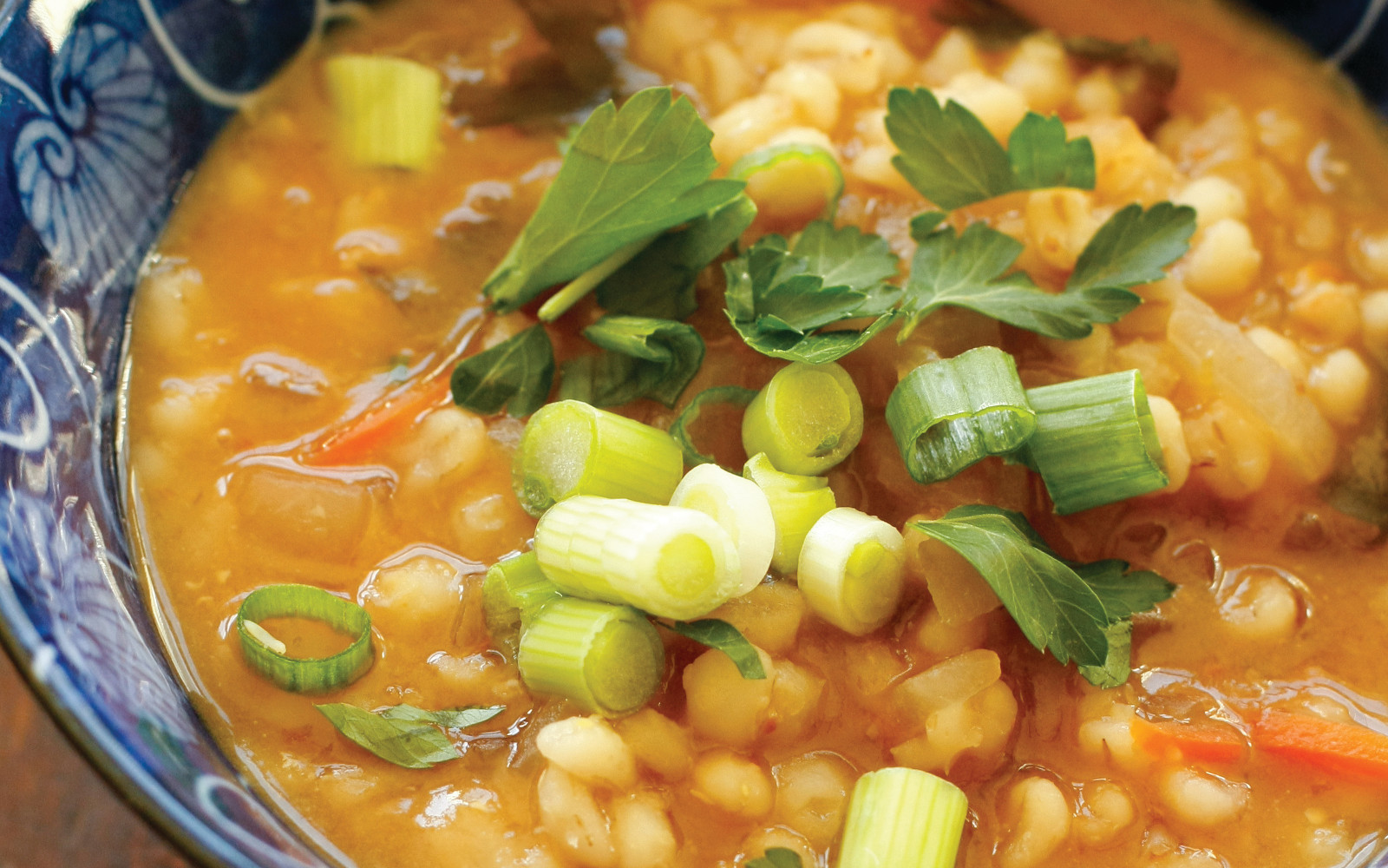 Vegan Macrobiotic Pearled Barley Ojiya: Japanese Breakfast Porridge with green onions