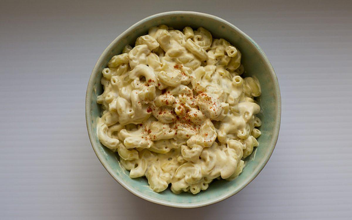 Smoky cashew mac and cheese