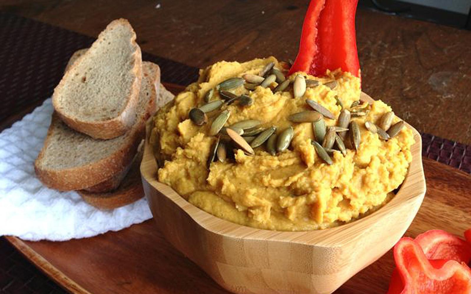 Pumpkincredible Hummus