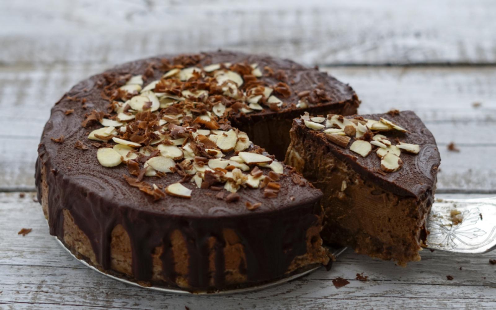 chocolate pumpkin mousse cake