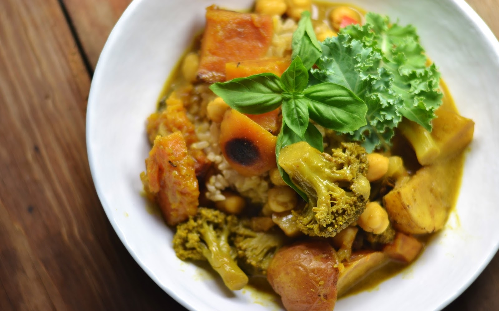Fennel-Roasted Potato and Butternut Squash Green Curry With Brown Rice