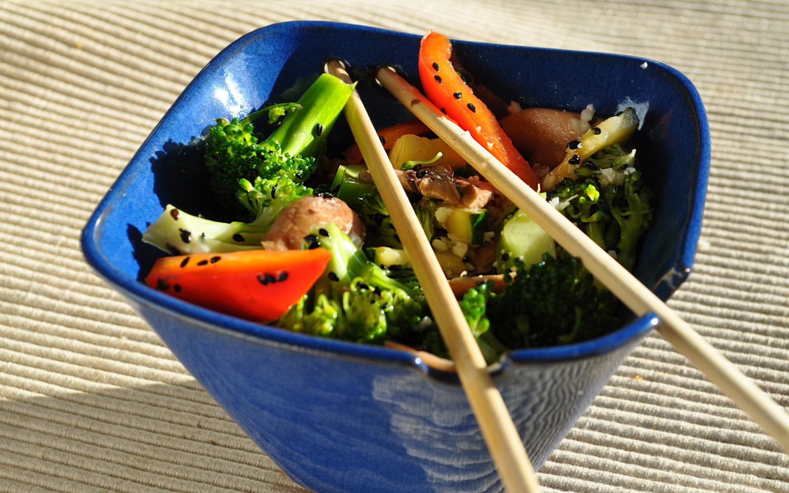 Raw Vegan Broccoli Stir Fry