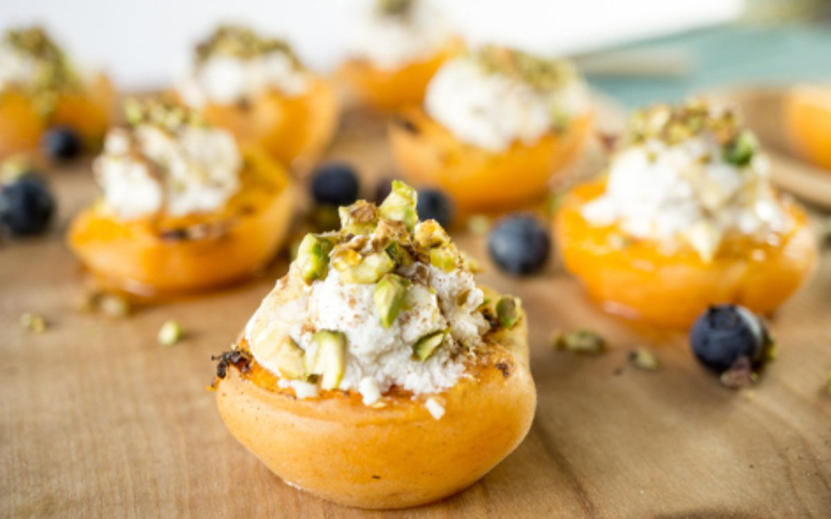 vegan grilled apricots with almond pistachio ricotta