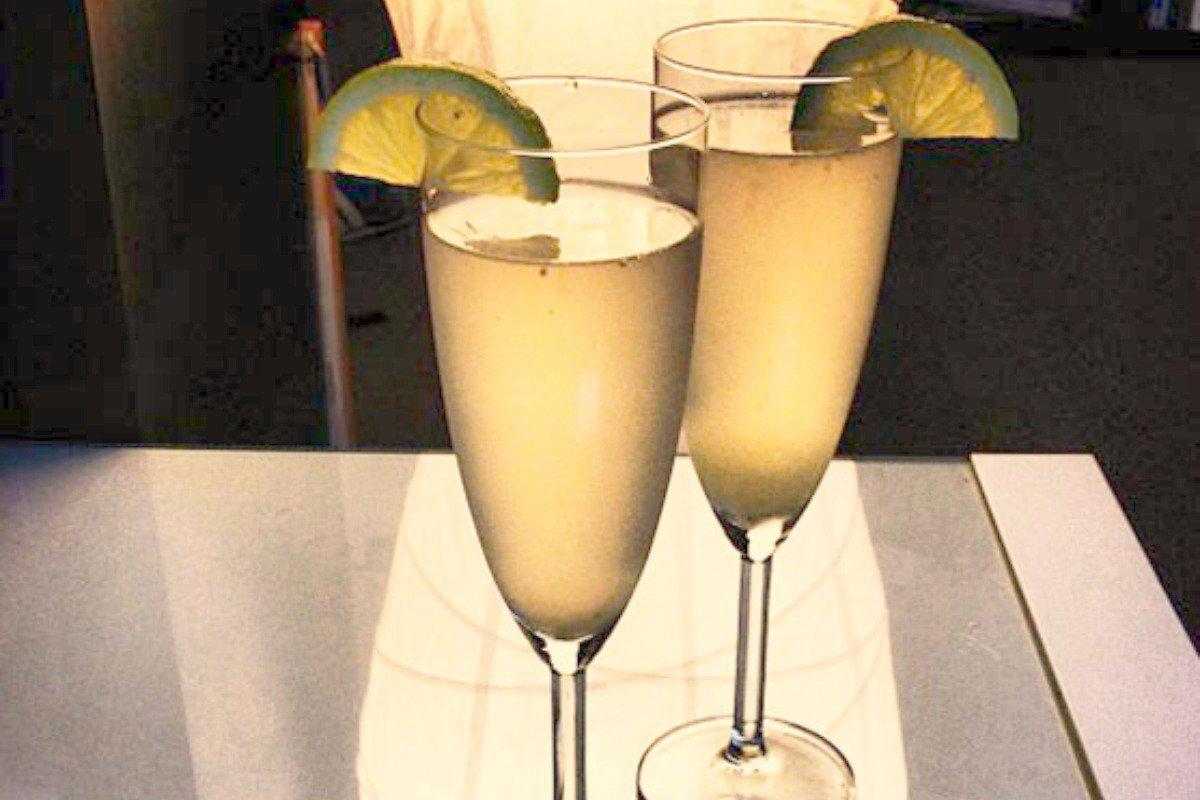 Vegan Healthy, Alcohol-Free Champagne