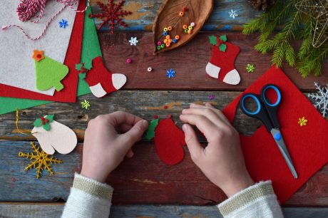 6 Kid-Friendly Christmas Decorations to Make From Trash