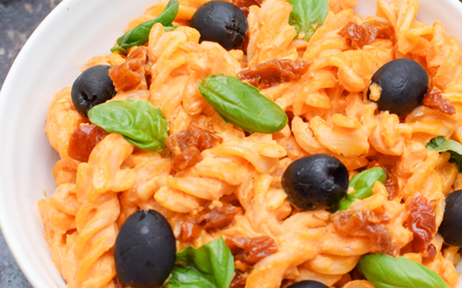 Vegan Grain-Free Pasta With Creamy Red Pepper Cashew Sauce