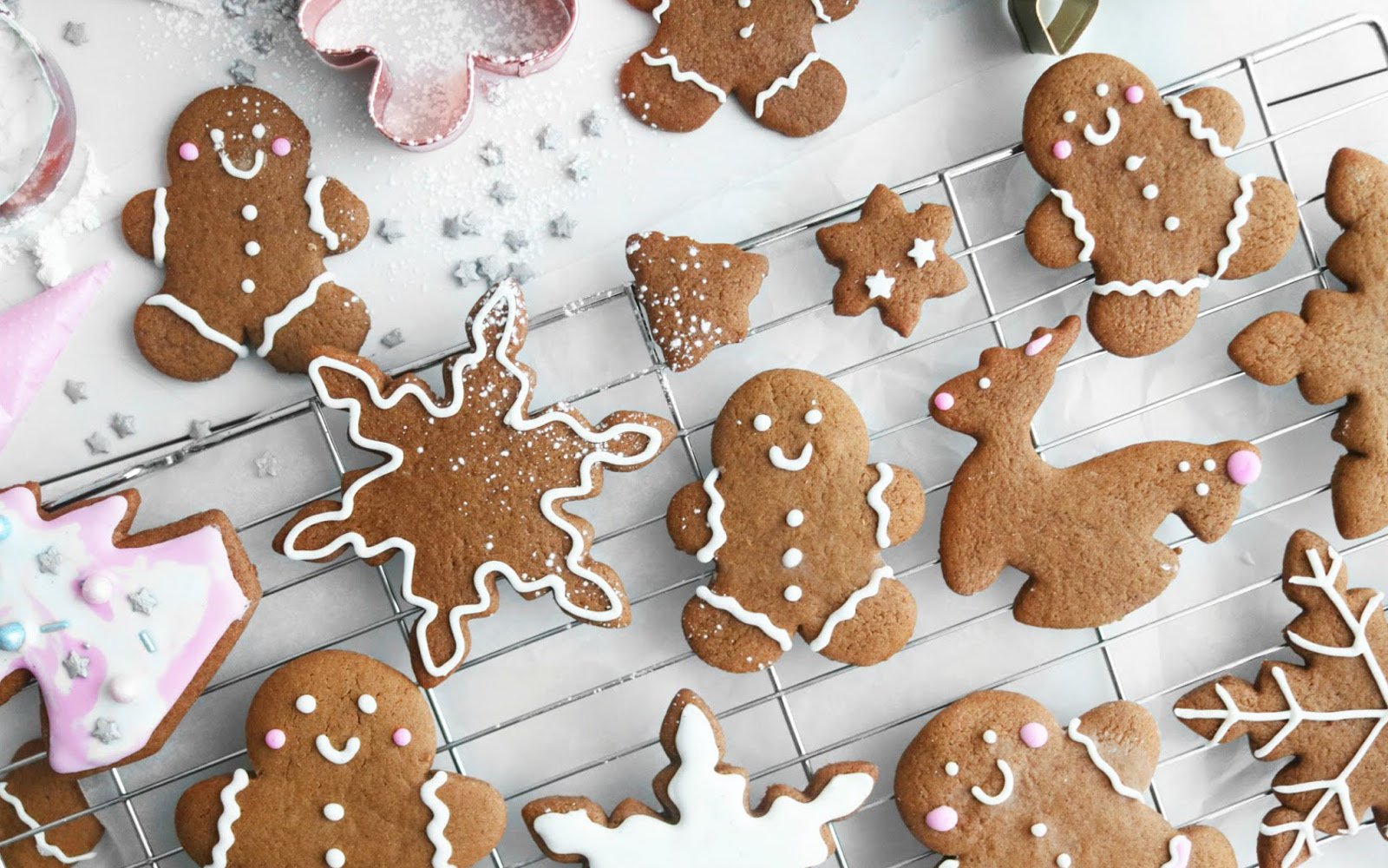 Vegan Holiday Gingerbread Cookies