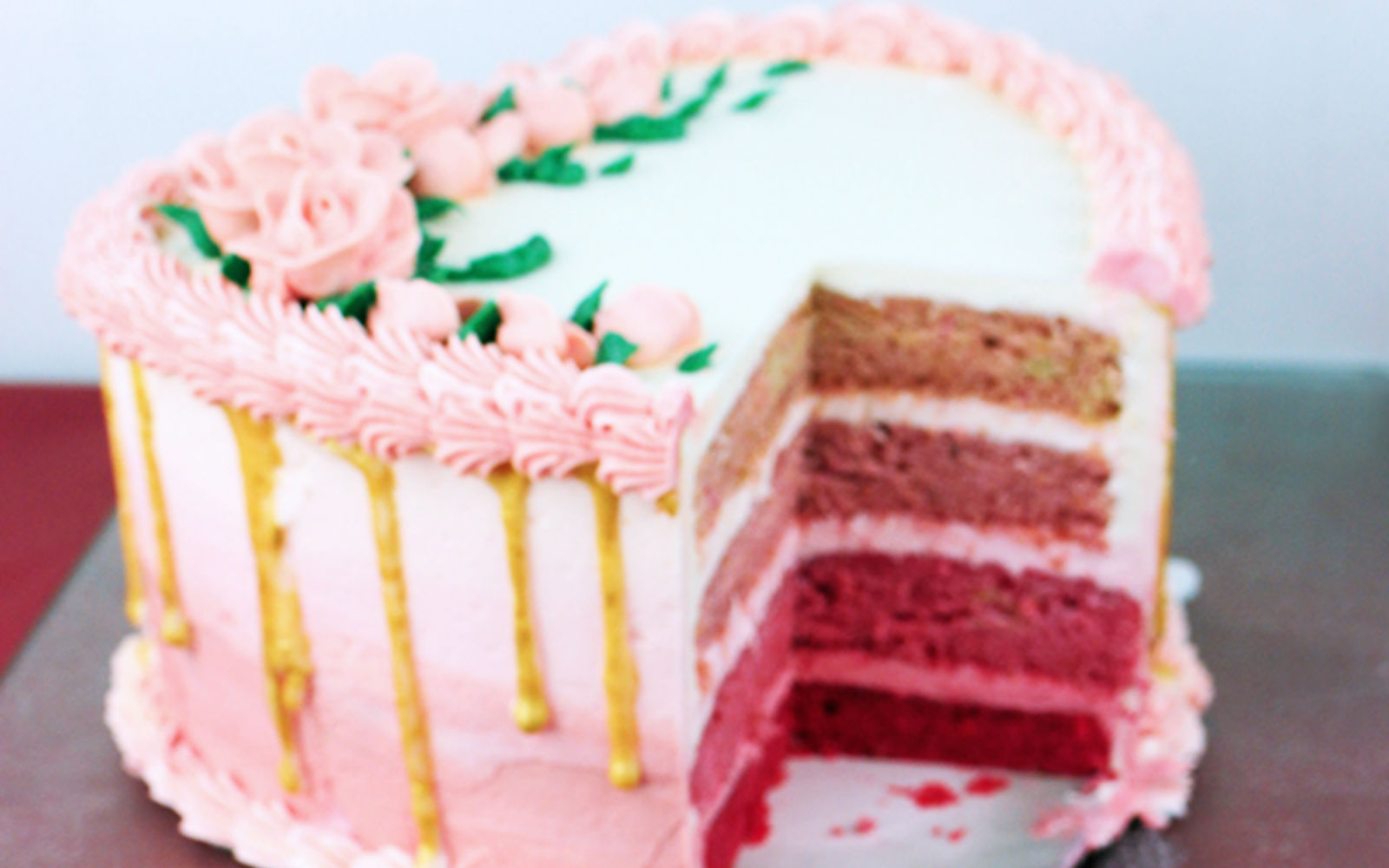 Ombre Heart Valentine's Day Cake pink