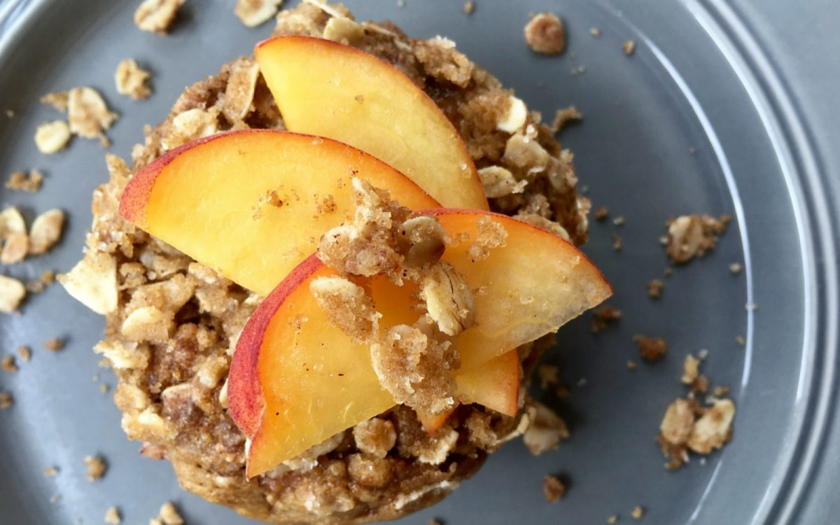 Vegan Peach Cobbler Muffins With Toasted Oat and Brown Sugar Streusel [Vegan]