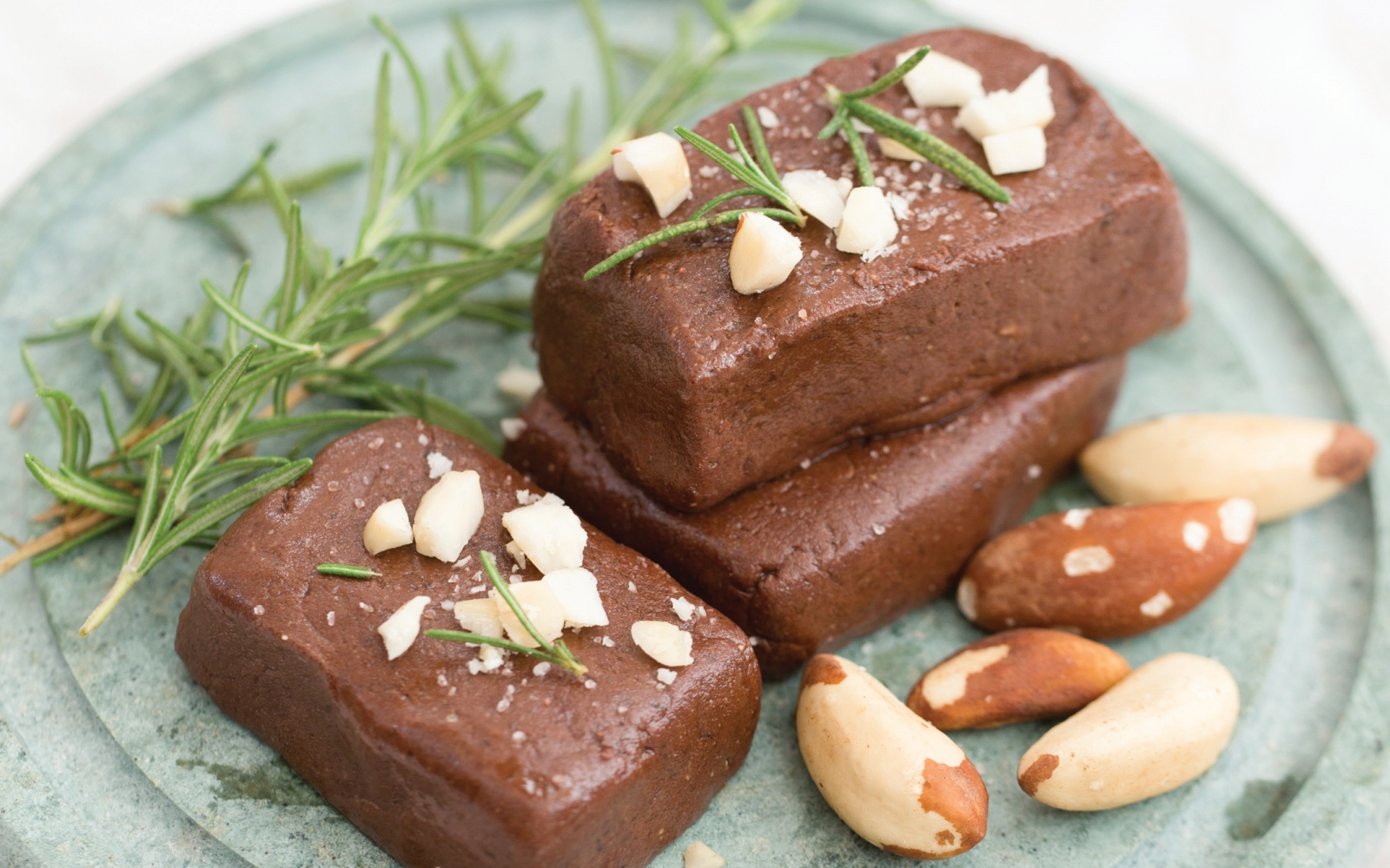 Raw Vegan Brazil Nut Fudge
